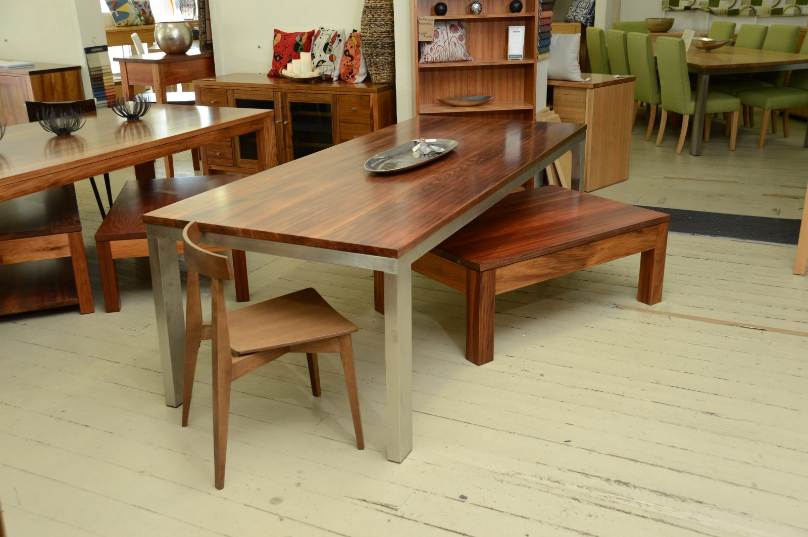 Stirling Dining Table Image