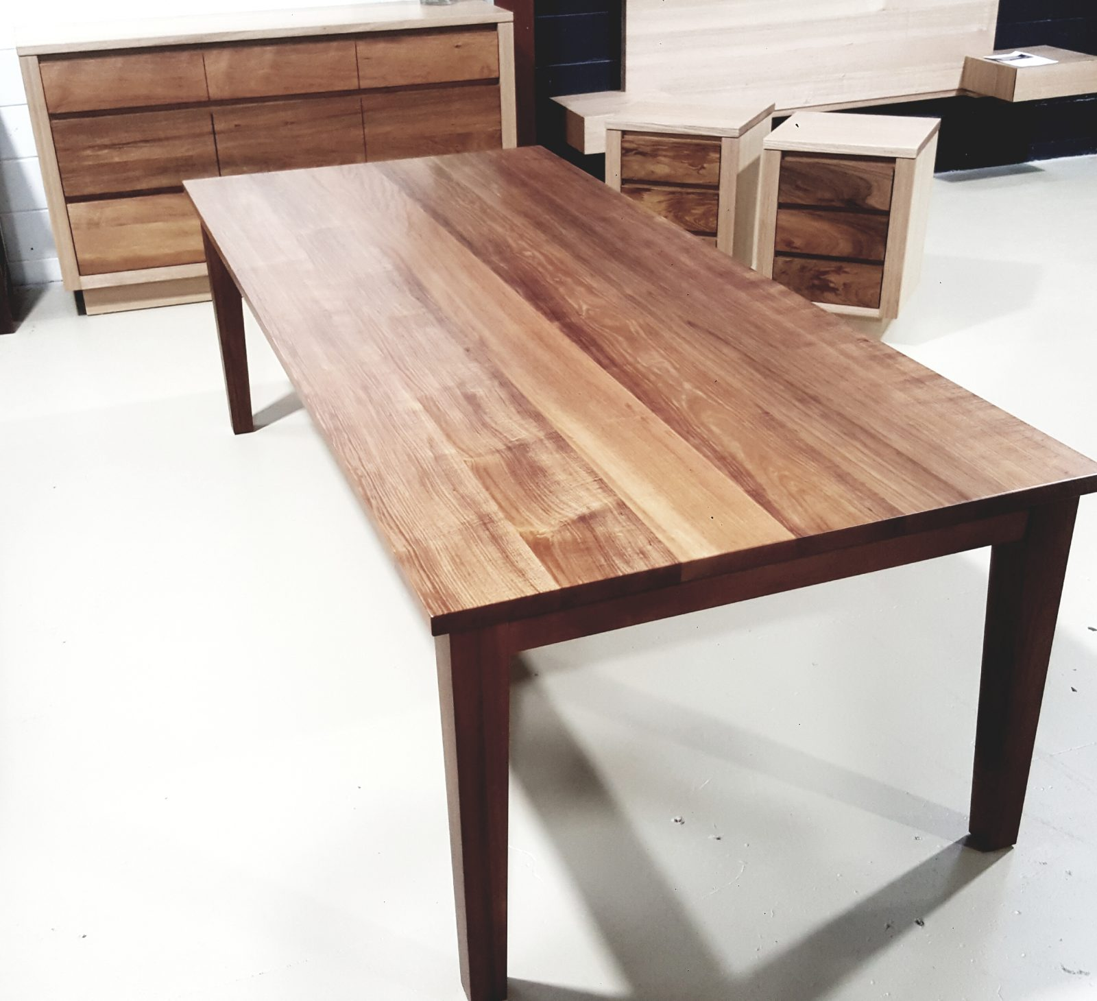 Urrbrae Dining Table Image